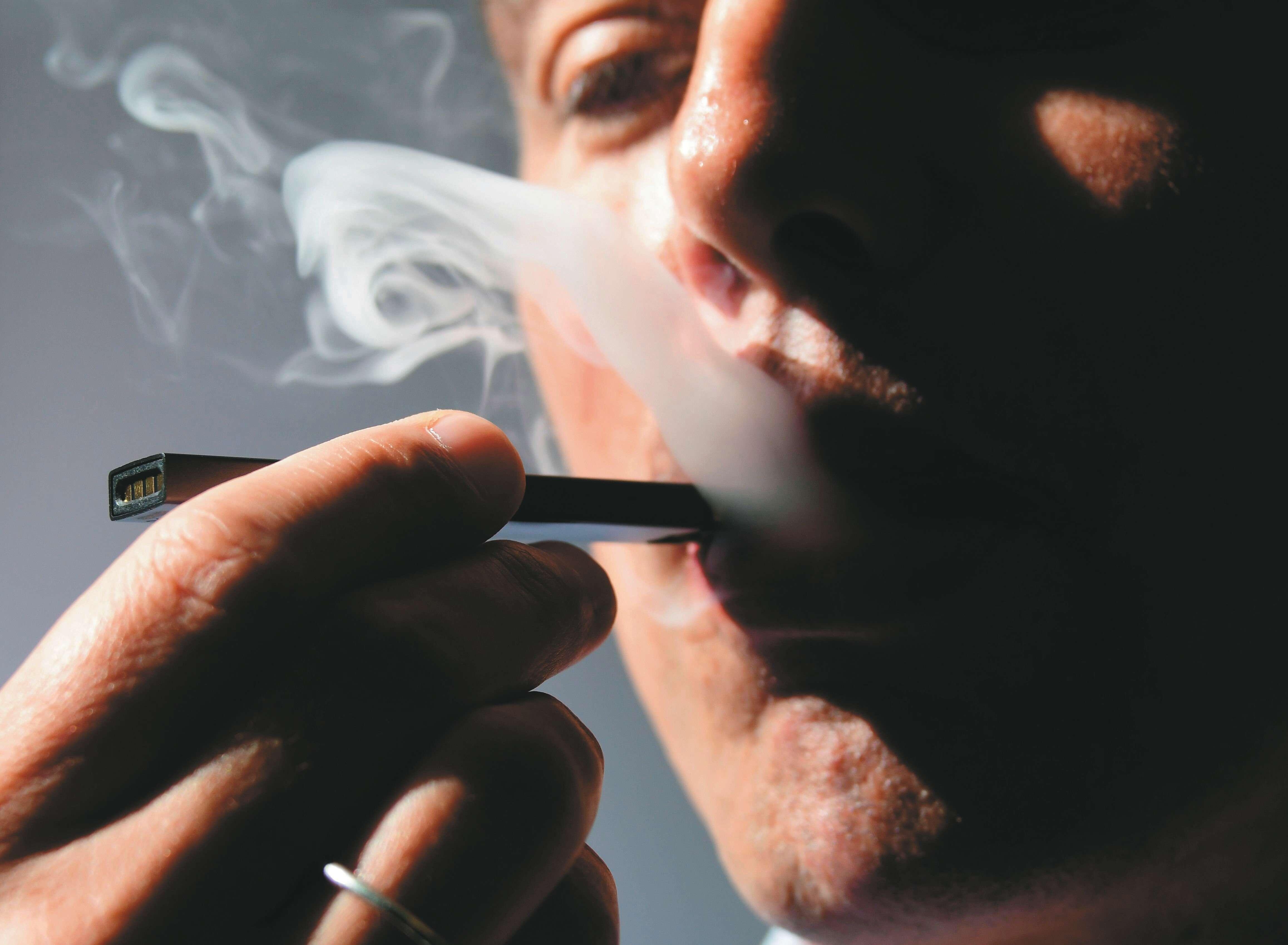 פסק הלכה: מותר לקנות רק סיגריה אלקטרונית כשרה