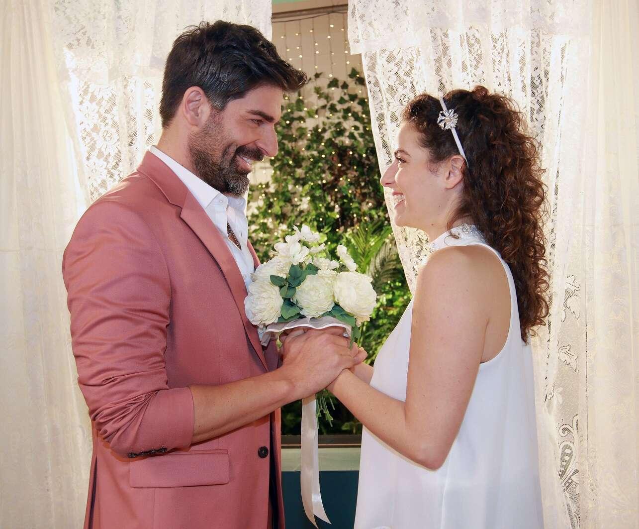 תמונות החתונה של רותם כהן