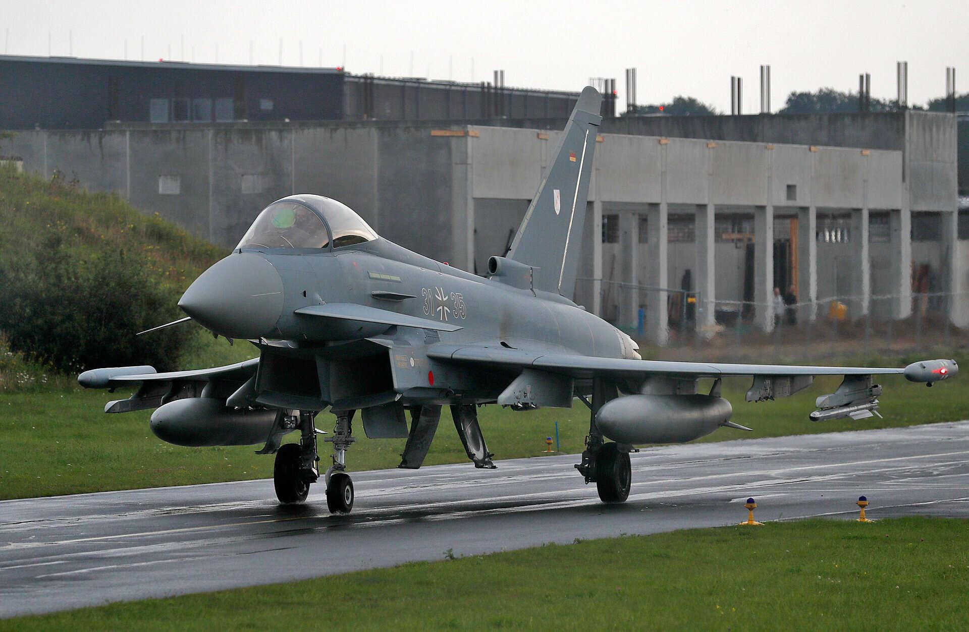 אירוע חריג בגרמניה: מטוסי קרב התנגשו