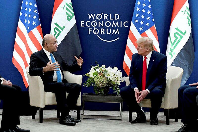 הנשיא טראמפ ונשיא עיראק דנו בנסיגה מהמדינה
