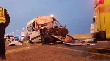 הרוג ו-10 פצועים בתאונה בכביש 40