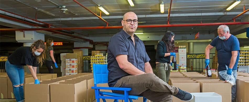 """""""אני מבקש מעם ישראל - אל תקנו דברים מיותרים, זה יוצר מחסור אדיר בסל המזון של הנזקקים"""""""