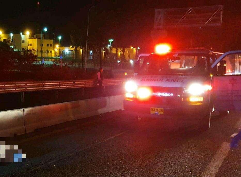 גבר נדרס למוות בכביש 4 ליד מחלף בני דרור