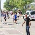 """תלמידי בי""""ס בליך לאחר אירוע אלים שאירע במקום // צילום: יהושע יוסף"""