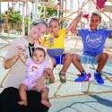 רננה פטנה משדרות עם ילדיה // צילום: יהודה פרץ