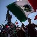מפגינים נגד ההגירה בעיר טיחואנה // צילום: רויטרס