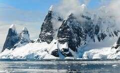 רק לא בטיטאניק - איך ואיפה לצפות בקרחונים יפיפיים?