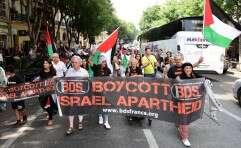 פעילי BDS // צילום: CITIZENSIDE/GEORGES ROBERT