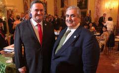 השר ישראל כץ (משמאל) עם שר החוץ אל-חליפה