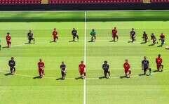 שחקני ליברפול, היום במהלך האימון