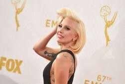 ליידי גאגא נבחרה ל5 המתלבשות של חודש נובמבר