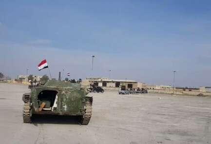 שיריון וכלי רכב של צבא סוריה נכנסים למובלעת עפרין // צילום: סוכנויות הידיעות