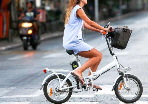 אופניים חשמליים // צילום: יהושע יוסף