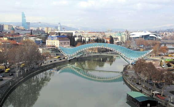 גשר השלום, הגירסה הגאורגית // צילום: אי.אף.פי