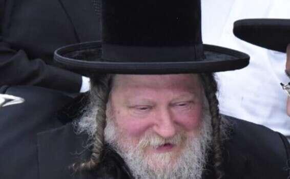 """גל מוות של מאות רבנים במגזר החרדי-האדמו""""ר מפיטסבורג נפטר הלילה מקורונה 16018660688993_b"""