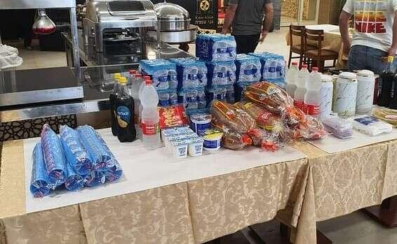 """נקודת סיוע שנפתחה בטמרה לנפגעי האסון // צילום: עמותת """"ביחד ערבים זה לזה"""""""