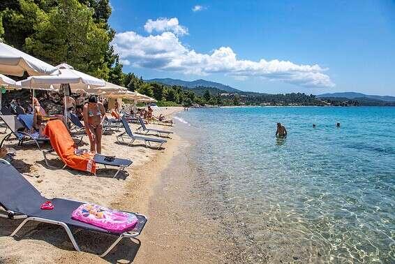Les vaccinés reviendront bientôt visiter les côtes de la Grèce // Photo: gettyimages