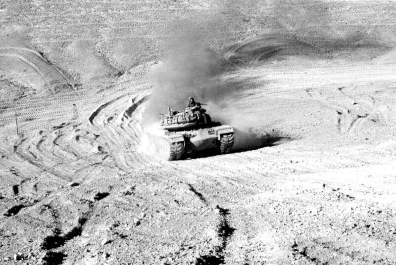 """""""ואז קלטתי: נשארנו לבד, ומסביבנו חטיבה מצרית שלמה"""""""