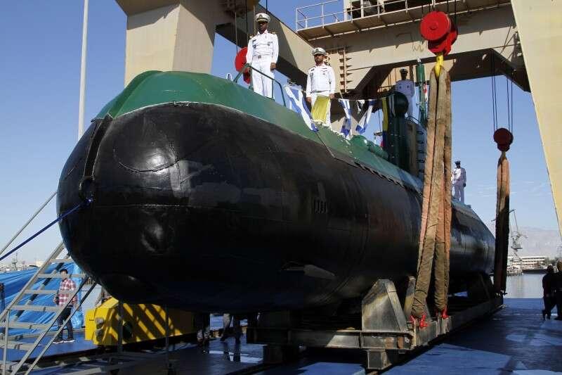 איראן תגברה את הצי במפרץ הפרסי עם שני כלי שיט חדשים Iran_Submarines_55161.jpg-3d283