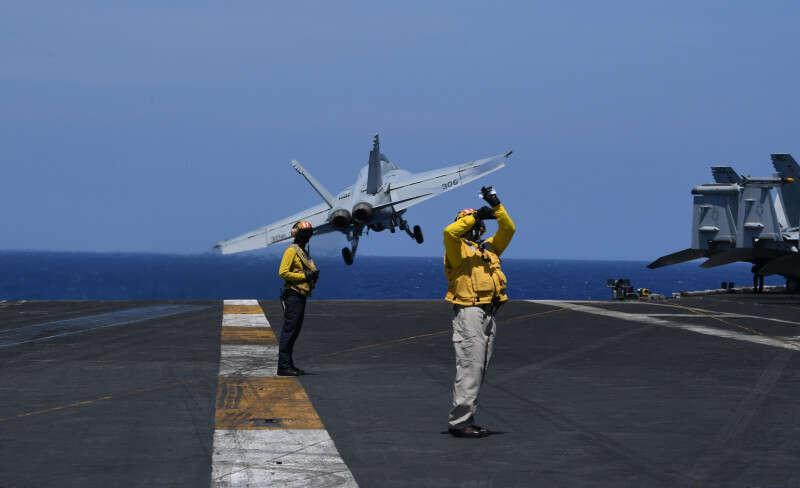 """מערכת ההגנה בצי ארה""""ב - כישלון מוחלט AFP_13W0U5"""