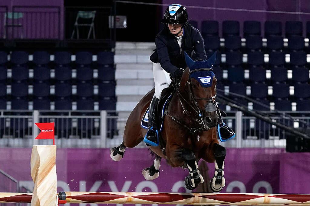 רביעי בטוקיו: בונד בגמר קפיצות הסוסים, ליטבינוב יתחרה בהרמת משקולות