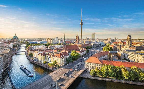 כמעט בלי הגבלות: המועדונים בברלין נפתחים