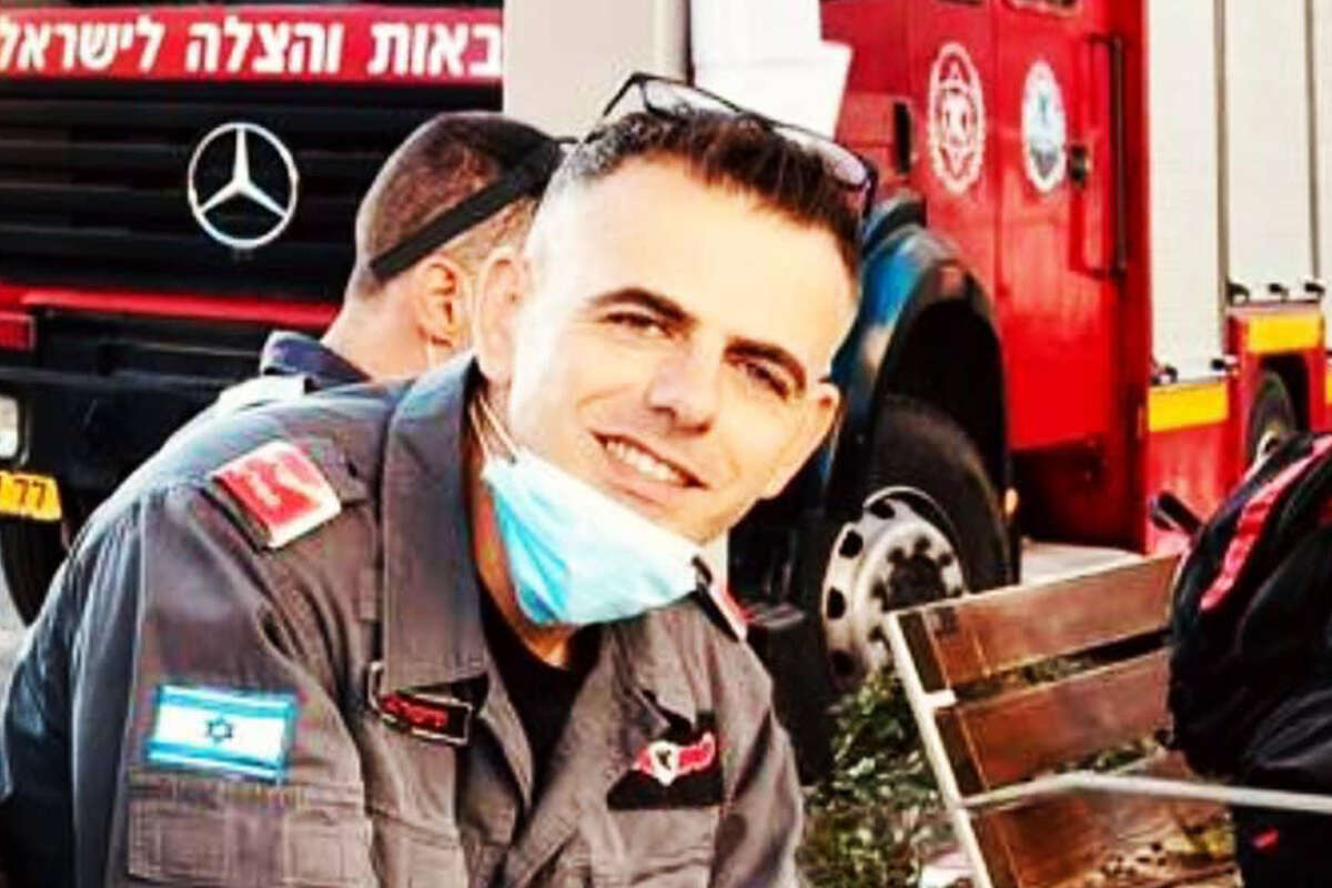טרגדיה: כבאי מת במהלך כיבוי שריפה בצפון הארץ