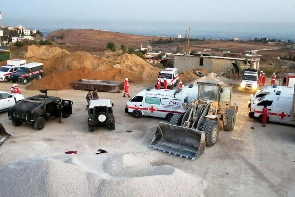 לבנון: 20 בני אדם נהרגו 79 נפצעו בפיצוץ מכלית דלק שבבעלות החזבאללה בעיר אל טליל באזור עקר בצפון לבנון 2021-08-15T030418Z_1026977022_RC2F5P9X67QY_RTRMADP_3_LEBANON-CRISIS-FUEL-EXPLOSION-960x640