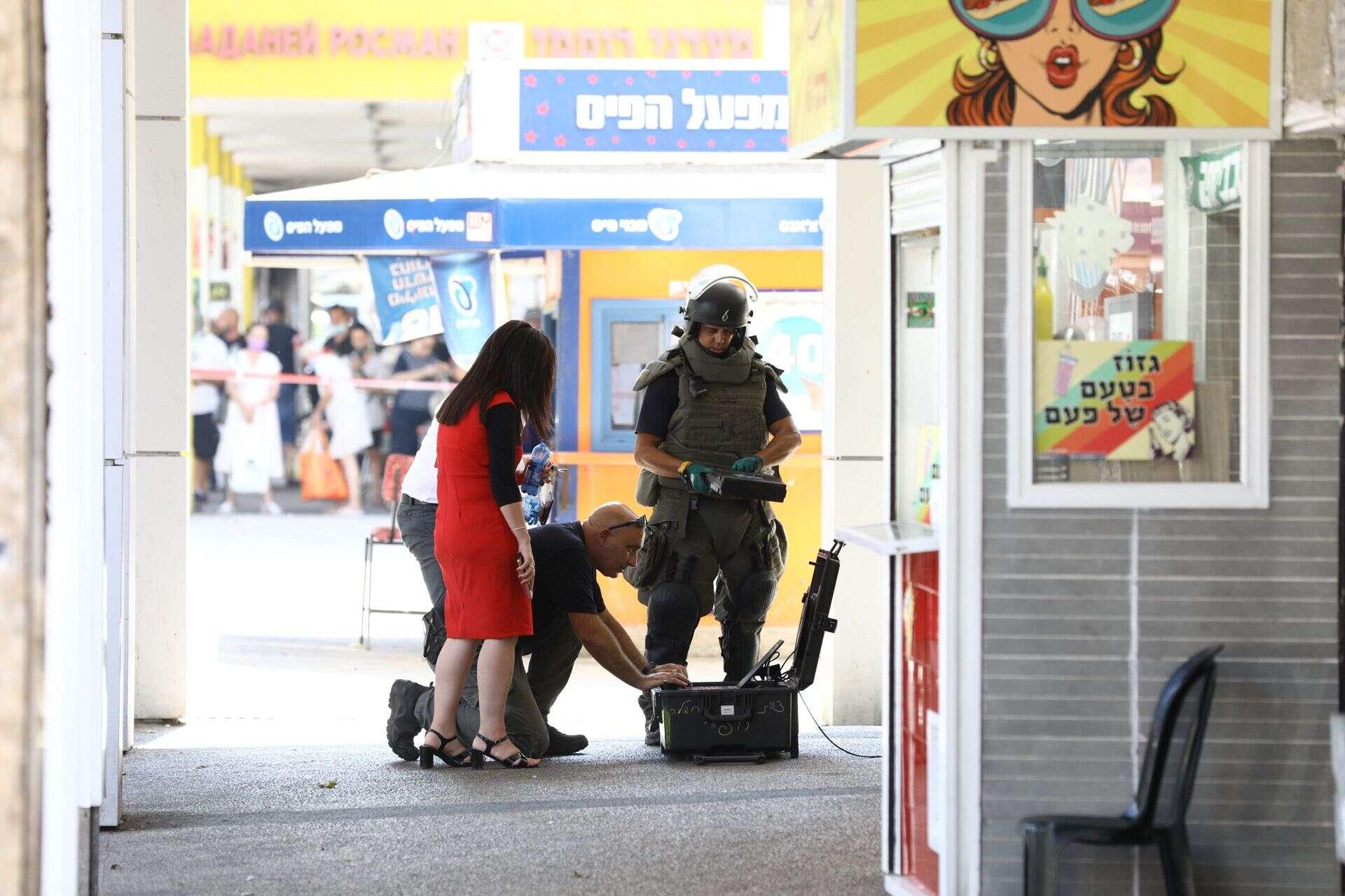 חטף פקידה והצמיד לה חגורת נפץ: כתב אישום חמור בגין ניסיון שוד בנק